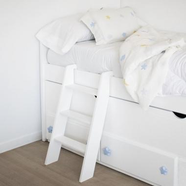 Escalera infantil para camas